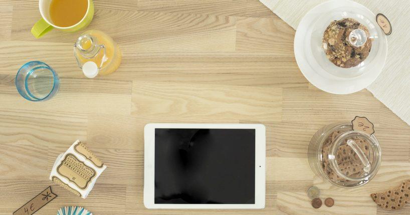 amerykanski stol w kuchni